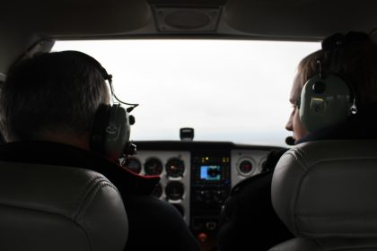 Flying on Cessna 172